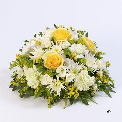 Classic Posy   Yellow and White